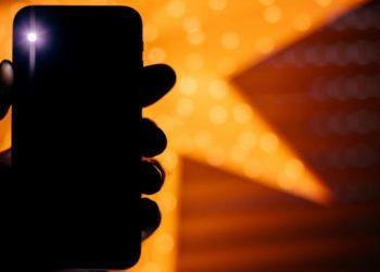 3 приложения для Android, которые прокачают вспышку вашего смартфона