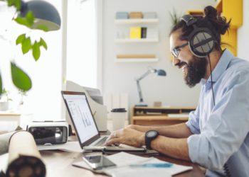 8 программ, которые помогут работать дома так же эффективно, как в офисе